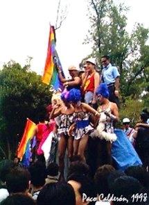 fiesta gay apenas